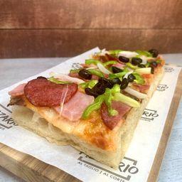 Pizza Salami y Prosciutto