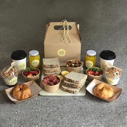Caja de Desayuno Mediterráneo para Compartir