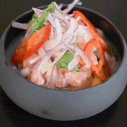 Ceviche de camarones y salmón