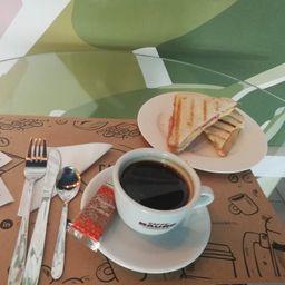 Promo - Café Americano + Barros Jarpa