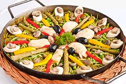 Paella Paisana  (Mínimo 2 Porciones)