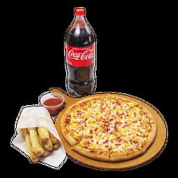 Combo Rappi 3 (3 Pizzas+ Bebida 2,5L+ Caesar Bread+ Crazy Sauce)