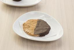 Galleta de avena bañada en chocolate o una dulce delicia