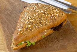 Sándwich Integral de Salmón Ahumado