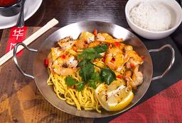 Lemongrass Prawns with Garlic Noodles