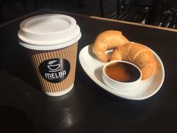 Cafe a elección + 2 media luna