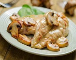 Pollo al Vino Blanco e Funghi