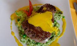 Lomo en Salsa Olivar