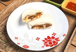 Indian Naanwich + Papas Fritas