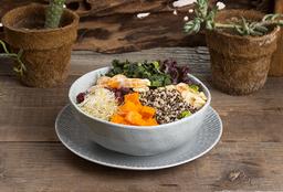 Quinoa Salad + Agua