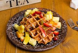 Waffle con Frutas y Miel