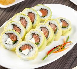 Sushi Avocado Sake