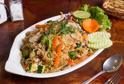 Khao Pad Pollo