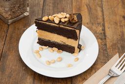 Porción de Torta Snickers