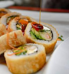Sushi Tori Roll