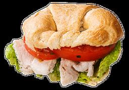 Sandwich Croissant Pollo