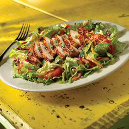 BBQ Chicken Salad + Agua Mineral 330cc