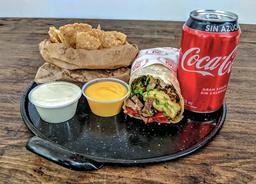 [Lunch]Burrito con Salsa + Bebida y Nachos con cheddar