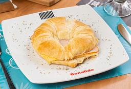Croissant jamón pavo queso