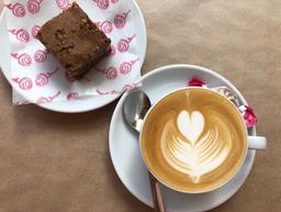 Brownie + Café
