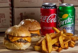 Combo 2 Kids Burgers + Papas Grande + 2 Bebidas 350 cc.