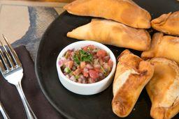 Surtido Empanadas (3 Camarón-Queso / 3 Vegetal-Queso)