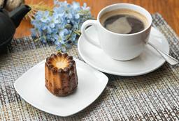 Canelle + Café del Día M