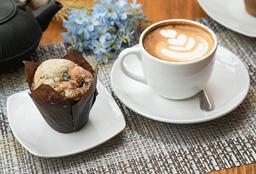 Muffins Arándano + Latte M O Té English Breakfast M