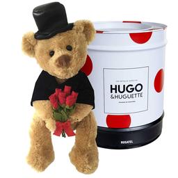 Hugo Grande con rosas