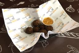 Bolitas de Carne Frita con Salsa Elección