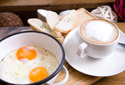 Desayuno con Huevo, Palta o Jamón Queso