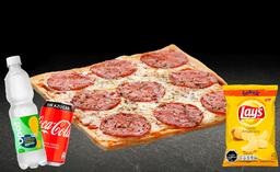 Pizza Pepperoni Individual + Bebida 350cc + Papas Lays 42g