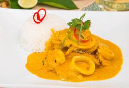 Curry Amarillo Pescado y Mariscos