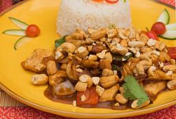 Disfruta Pollo Castañas de Cajú