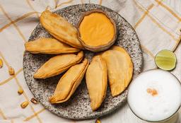 Empanadas de Ají de Gallina
