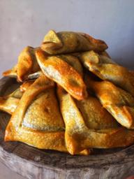 Empanadas Cocktail de pollo marroqui