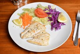 Pechuga de Pollo a la Plancha + Porción de Ensalada Surtida