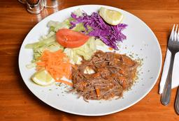 Carne mechada + porción de ensalada