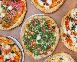 Pizza Fugatzza (Sin Salsa Pomodoro)