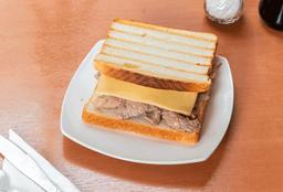 Sándwich Carne, Queso
