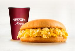 Sándwich Queso Huevo y Café