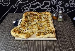 Pizza Fugazza Familiar