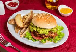 Sándwich de Carne Mechada con Papas Fritas