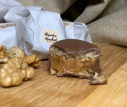 Mini alfajor nuez chocolate Alejandra Marchant 20g