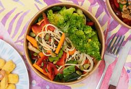 Wok de Verduras y Pastas + Bebestible