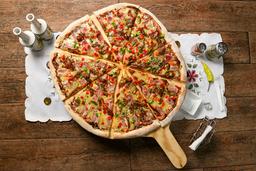 Pizza Mediana Mario & Luigi