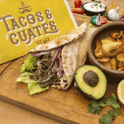 Burrito de Carne TEX-MEX with Dippers Fries