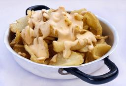 Patatas bravas o allioli