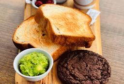 Tostadas de pan centeno con palta