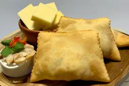 Empanada Macha Queso